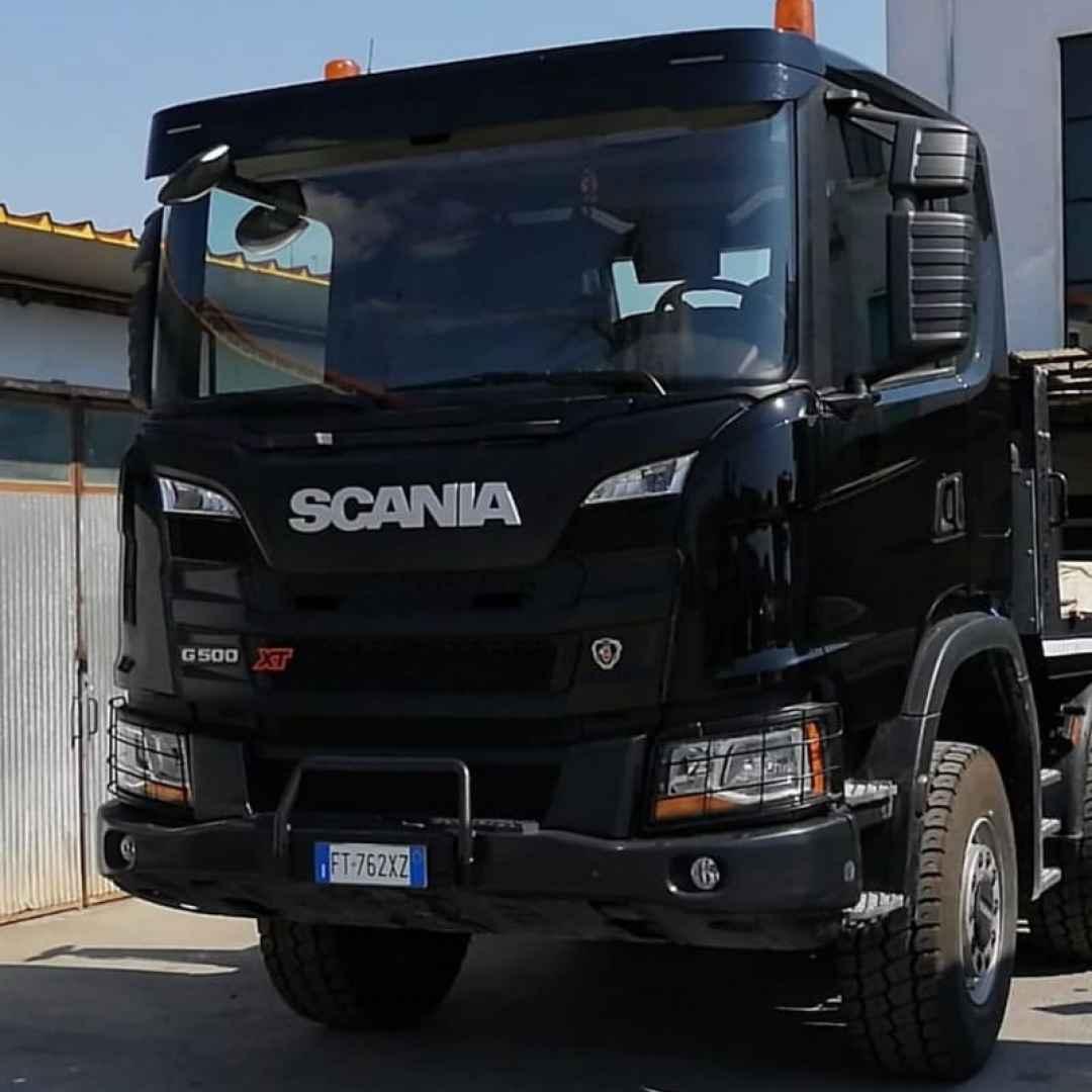 sanificazione  auto  camion  sanificare