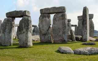 Cultura: chromlec  dolmen  stonehenge  tempio