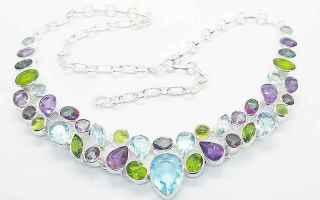 Bellezza: pietre dure  collane  gioielli