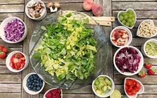Gastronomia: frutta  produzione  stagione  verdura