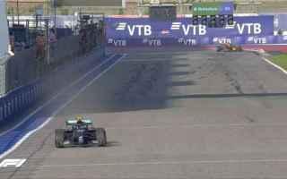 Il Gp di Russia è stato deciso nel giro di formazione. Hamilton provando per due volte la partenza