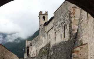 Storia: castelli  leggende