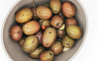 Gastronomia: olive  olive condite