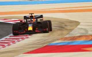 I temi del Gran Premio di Sakhir sono: Chi fra Valtteri Bottas e Max Verstappen sfrutterà l'assen