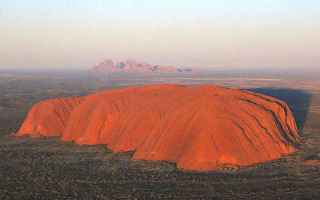 australia  aborigeni  ayers rock