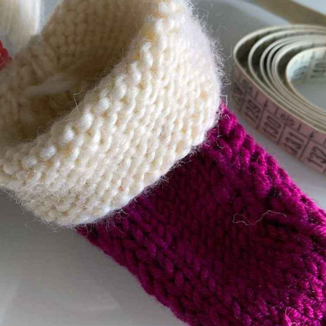 lavoro a maglia  babbucce ai ferri