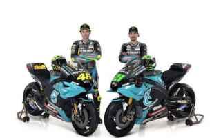Questa mattina la Petronas ha presentato Valentino Rossi che dopo averci pensato a lungo ha deciso d