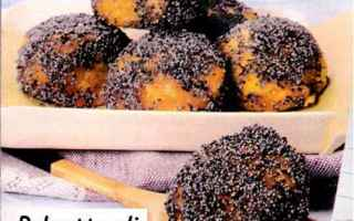 Ingredienti per sei persone per la ricetta di cucina<br />una cipolla,<br />250 g di lenticchie ro