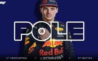 Nelle prime qualifiche della stagione Verstappen ha conquistato la pole infliggendo un distacco di t