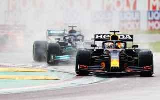 Ad Imola Max Verstappen si è preso la rivincita del duello perso a Sakhir dominando il Gran Premio